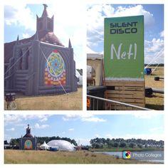 De opblaasbare dome en kerk staan opgebouwd voor het #Noppop festival in Bant! Over een paar uur ook #SilentDisco @ www.247Disco.nl