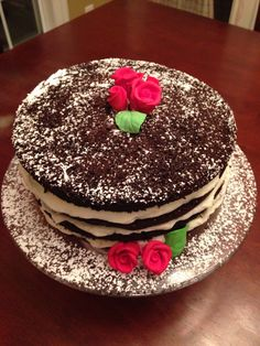 Chocolate cake red roses