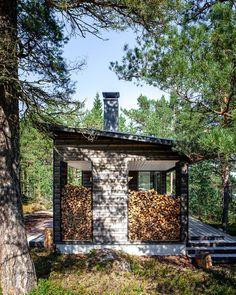 Sauna in Kirkkonummi Sun House, Summer Cabins, Modern Cottage, Garden Buildings, Gone Fishing, Outdoor Living, Outdoor Decor, Black House, House Plans