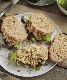 Így készül a legjobb tonhalkrémes szendvics | Street Kitchen