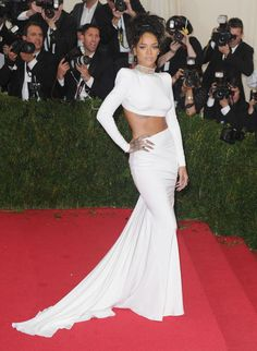 5. Rihanna At The 2014 Met Gala In New York City | The Most Fab And Drab Celebrity Outfits Of The Week