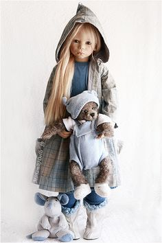 Karile Himstedt and Iwan Mickbears by MiriamBJDolls, via Flickr