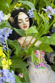 Snow White + Flowers by Marina Bychkova