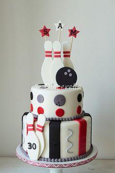 Red velvet cake with white chocolate cream cheese buttercream