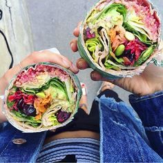 "11 ""Super Healthy"" Montreal Restaurants You Need To Eat At If You Haven't Already"
