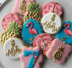 **CHECK MY AVAILABILITY IN THE SHOP ANNOUNCEMENT BEFORE YOU ORDER.** I generally book up 6-8 weeks in advance.** Flamingos and Pineapples!!! This listing includes 2 dozen (24) personalized flamingo and pineapple themed sugar cookies. For size reference, the circle cookies is 3.5 in diameter.