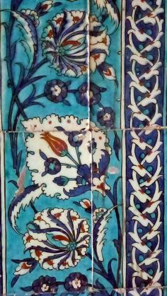 Tiles in the Harem of the Topkapi Palace Istanbul Turkey Turkish Art, Turkish Tiles, Islamic Tiles, Islamic Art, Tile Art, Mosaic Art, Arabesque, Art Sculpture, Antique Tiles