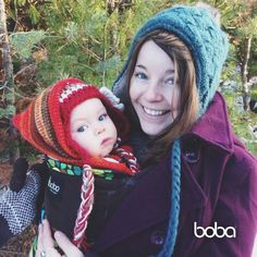 Warm cuddly babywearing for the holidays! That's the Boba Carrier 4G in Tweet! #themommy #bobaChile Boba Baby Carrier, Babywearing, Crochet Hats, Holidays, Warm, Traditional, Celebrities, How To Wear, Beautiful