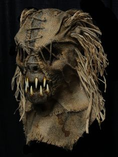 HS8 Scary Scarecrow Costume, Scarecrow Mask, Halloween Scarecrow, Halloween Masks, Scary Art, Very Scary, Creepy, Mad Hatter Costumes, Pet Costumes
