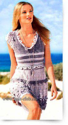 Летнее вязаное платье с ажурными узорами