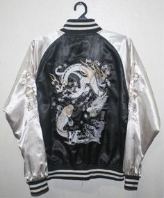VINTAGE-SUKAJAN-DRAGON-FISH-EMBROIDERY-JAPAN-SOUVENIR-JACKET-YOKOSUKA-YAKUZA