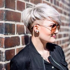 Everybody agrees that it can be quite challenging to maintain and style thick hair. Thus, with the above short hairstyles for thick hair and a good stylist