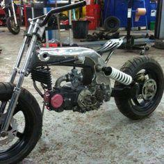 Fuel Tank in Frame Custom Moped, Custom Motorcycles, Custom Bikes, Cars And Motorcycles, Duke Motorcycle, Motorcycle Design, Bike Design, Bike Shed, Pit Bike