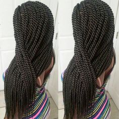 All styles of box braids to sublimate her hair afro On long box braids, everything is allowed! For fans of all kinds of buns, Afro braids in XXL bun bun work as well as the low glamorous bun Zoe Kravitz. My Hairstyle, Twist Hairstyles, Cool Hairstyles, Black Hairstyles, American Hairstyles, Gorgeous Hairstyles, Creative Hairstyles, Protective Hairstyles, Hairdos