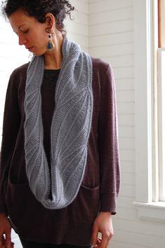 Winterlong pattern by Bristol Ivy, with Woolfolk Får.