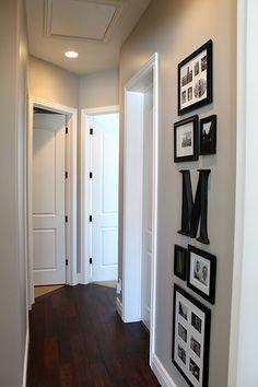 Frame arrangement for a small hallway spot