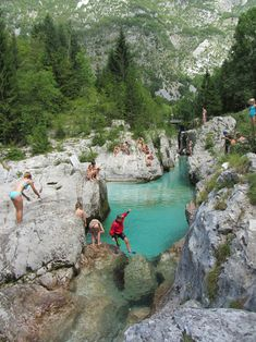 Slovenia Travel: Planning a trip to Slovenia? Check out this complete guide to 25 of Slovenia's most beautiful fairytale castles, many of which you can visit! Family Vacation Destinations, Cruise Vacation, Slovenia Travel, Visit Slovenia, Bled Slovenia, Places To Travel, Places To See, Europa Tour, Ludington State Park