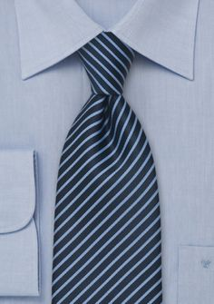 Parsley Krawatte in Hellblau mit Dunkelblau