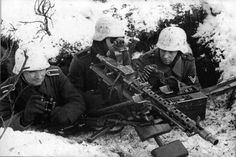 German Army, MG 34 heavy machine gun team on the firing position.MG 34 (Maschinengewehr - German mm general-purpose machine gun of World War II in the Nazi Wehrmacht. Nagasaki, Hiroshima, German Soldiers Ww2, German Army, Military Photos, Military History, Fukushima, Mg 34, Germany Ww2