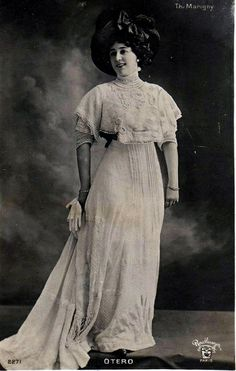 La Belle Otero ,She was so smart, attractive, beautiful and confident that she ended up being the most sought after woman in all of Europe, creating envy among many other notable female personalities of the day. Otero knew all the power that beauty gave her so she decided to work as a courtesan.
