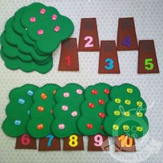 Counting Apples Montessori Busy Bag Matching Game, Fine Motor, Learning Colors and Numbers, Toddler Educational Toys, Felt Learning Game is part of Learning games for kids - ActiveFelt ref simpleshopheadername Preschool Learning, Toddler Activities, Preschool Activities, Toddler Toys, Christmas Activities, Montessori Toddler, Montessori Bedroom, Learning Games For Kids, Christmas Games