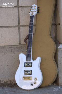 Bacce Custom Guitars
