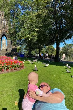One of the nicest photos that I love in Scott Monument. She's indeed a daddy's girl !  #daddydaughter #daddyslittleprincess Travel Around The World, Around The Worlds, Scott Monument, First Bus, Life In The Uk, Daddys Little Princess, Family Days Out, Bus Travel, S Girls