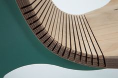 By using the kerfing technique, he avoided the laborious process of pressing the sheets of wood on a bending mold and clamping the together. Instead, the structure of the chair (the legs) are used as a bending tool.