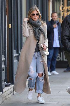 11 Looks da Jennifer Aniston Por Aí
