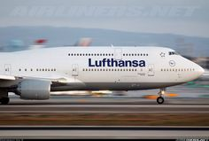 Lufthansa D-ABYC Boeing 747-830 aircraft picture