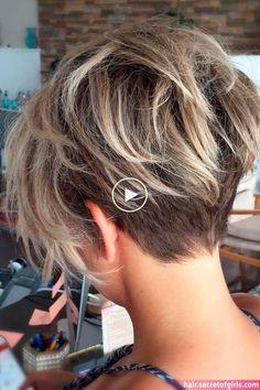Chaotischer Pixie-Haarschnitt, Frauen Bob Choppy Blonde - New Site Short Hair With Layers, Short Hair Cuts For Women, Short Hairstyles For Women, Short Hair Styles, Plait Styles, Images Of Short Haircuts, Pixie Hairstyles, Hairstyles With Bangs, Layered Hairstyles