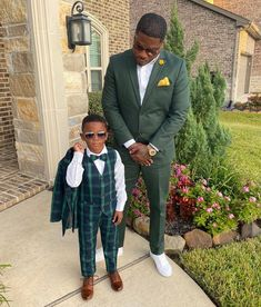 "- ""In a world full of trends, I want to remain a classic."" -Iman DM for… Daddy And Son, My Dad, Black Dad, Black Families, Business Look, Mens Fashion, Fashion Outfits, Beautiful Family, Family Photography"