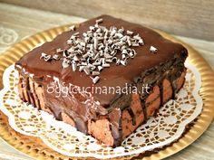 Conoscete la torta Otello di Knamm? E' Una gustosa torta cioccolato e amarene, qui la mia versione, nata da un errore, ecco perchè Torta Otello sbagliata.