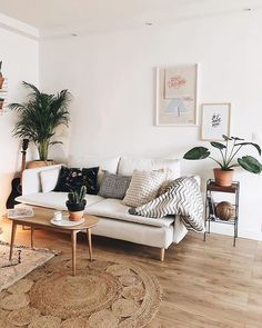 Cosy Minimalist Home Interior Design minimalist bedroom wall black and white.Minimalist Home Decoration White Bedrooms. Cozy Living Rooms, Apartment Living, Interior Design Living Room, Living Room Designs, Cozy Apartment, Apartment Therapy, Apartment Design, Scandi Living Room, Living Room Decor With Plants