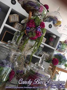 Para Rafael Nàjera Evetnos cada pequeño detalle en tu boda debe reflejar lo que eres, y tu mesa de dulces o Candy Bar no son la excepción. #bodas #CandyBar #WeddingPlanner #EventPlanner #Guadalajara #Colima #Dulce #RafaelNàjeraEventos