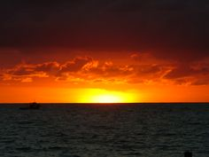 Typical Sunset In San Andres Island~ Colombia. Largest Countries, Countries Of The World, Travel Around The World, Around The Worlds, Spanish Speaking Countries, The Beautiful Country, How To Speak Spanish, Sunrises, Beautiful Islands