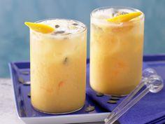 Mango-Smoothie - mit Kefir - smarter - Kalorien: 175 Kcal - Zeit: 10 Min. | eatsmarter.de Lecker, lecker, lecker!