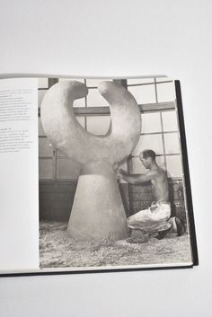 Beautiful, hardback coffee table book by Ana Maria Torres, published in 2000 Space Books, Library Books, Isamu Noguchi, Study Space, Coffee Table Books, Sculptures, This Book, Interior Design, Drawings