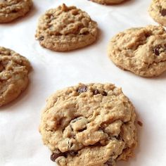 Outrageous Chocolate Chip Cookies | Allrecipes Best Chocolate Chip Cookies Recipe, Toffee Cookies, Chip Cookie Recipe, Raisin Cookies, Oatmeal Chocolate Chip Cookies, Best Cookie Recipes, Chocolate Chips, Yummy Recipes, Sweets