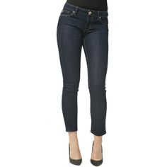 We love the classic dark wash of these DL 1961 jeans. https://www.joyus.com/fashion/1-2118/denim-bar-four-essential-styles-hosted-by-tienlyn-jacobson
