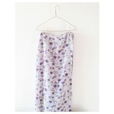 VINTAGE/ floral maxi skirt ⱝ light purple, lavender floral print ⱝ full length, wrap skirt  ⱝ vintage ⱝ fits a 2 or 4 if worn high-waisted ⱝ excellent condition ⱝ anthropologie, bohemian feel   » I NO LONGER LOWER MY PRICES, BUT OFFERS ARE ABSOLUTELY WELCOMED  » UNLESS ITS FOR A BUNDLE, I WILL NOT RESPOND TO OFFERS IN COMMENTS   » I WILL MAKE A NEW LISTING FOR DISCOUNTED SHIPPING Vintage Skirts Maxi