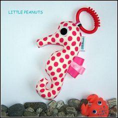 Seahorse - Dotty Pink