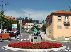 Estátua de Maria da Fonte - Póvoa de Lanhoso - Portugal by Portuguese_eyes, via Flickr