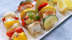grillspydlaksogsei Caprese Salad, Sushi, Grilling, Ethnic Recipes, Food, Crickets, Essen, Meals, Yemek