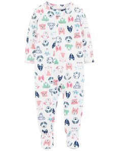 Featuring tons of cute pups, your little one will adore these girls' Carter's footed dog print pajamas. In white. Carters Baby Clothes, Baby Girl Pajamas, Carters Baby Girls, Toddler Pajamas, Baby Boy, Babies Clothes, Puppies In Pajamas, Girl And Dog, Little Girl Fashion