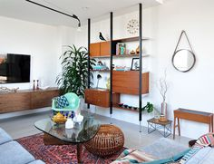 design attractor: Beautiful mid century modern themed house