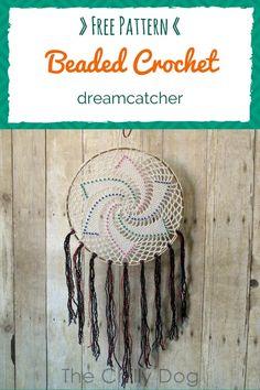 Free Crochet Pattern: Learn how to crochet an easy, beaded, star dreamcatcher