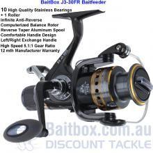 BaitBox J3-30FR Bait-Feeder  Gear ratio:    5.1:1 Capacity:      6lb/210yds, 0.18/200m                      8lb/170yds, 0.25/150m                    10lb/140yds, 0.30/100m