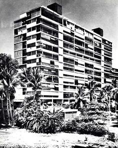 Condominio Los Cocos, Costera Miguel Alemán, Acapulco, Guerrero, México 1957 Arqs. Mario Pani Y Salvador Ortega    Foto: Guillermo Zamora