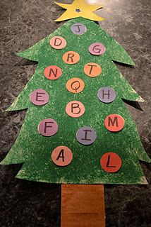 Christmas Tree Alphabet Game (to learn upper and lower case)